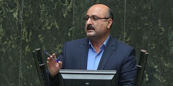 محمدنژاد: عملکرد محرابیان در پروژههای «مهر ماندگار» نشانه تسلط وی بر حوزه آب و برق است